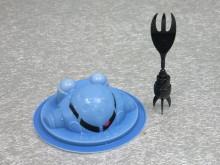 水陸両用の「鍋用!ズゴックとうふ」が発売に! 「ザクとうふ デザート仕様」も