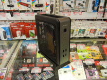 VESAマウンタ対応の小型ケースがAntecから! 「ISK-110 VESA」発売