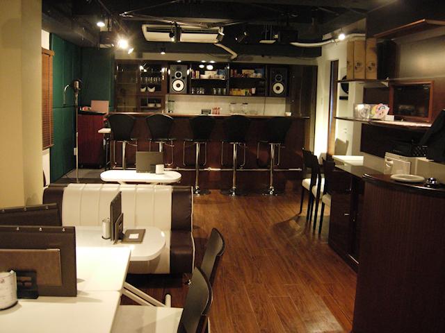 秋葉原の「声優カフェ」が2013年3月10日で閉店、公式サイトには店長・松風雅也からのコメント