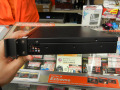 Mini-ITXマザー専用の1Uラックマウントシャーシが登場! 木製化粧版付きのフロントパネルを採用