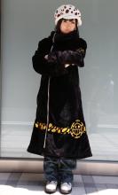 ワンピース、「トラファルガー・ロー」の新世界編ロングコートが商品化! キャスケットやピアスも