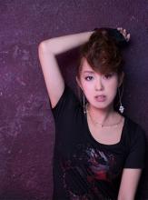 日笠陽子、コラボレーションアルバム「Glamorous Songs」の詳細が明らかに! 3ヶ月連続リリースの第3弾