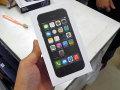 SIMフリー版「iPhone 5s」「iPhone 5c」が早くも秋葉原に登場! 気になる価格は…