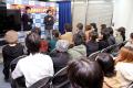 インパルス板倉俊之、芸能人初のガンダム小説「機動戦士ガンダム ブレイジングシャドウ」をリリース! 発売記念サイン会の様子
