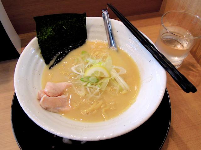 ラーメン「モミジ」、秋葉原・末広町駅付近にオープン! 九州産鶏を用いた濃厚な鶏白湯ラーメン