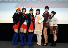 TVアニメ「ロボットガールズZ」完成披露イベントレポート! 声優陣がコスプレを初披露、アフレコ現場ではダブラスが流行