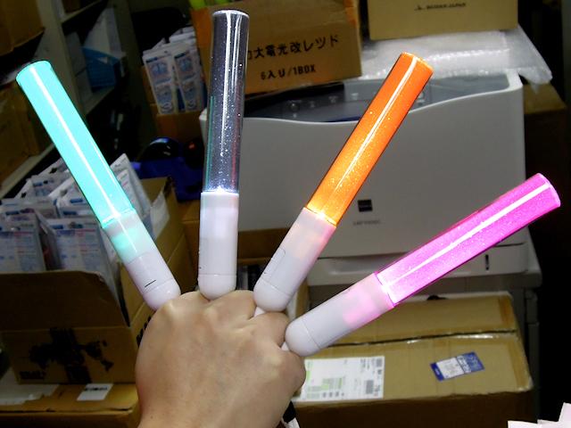 バルログ特化型ペンライト! キンブレファイター(「KING BLADE iLite」)ようやく発売、単色版のみで全10色