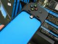 iOS 7対応のiPhone用ゲームパッド「G550パワーシェル コントローラ+バッテリー」がロジクールから!