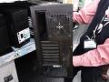 冷却性重視の新型ミドルタワーケースがCORSAIRから! 「230T Black Windowed」発売