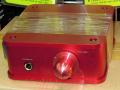 レッドボディ採用の真空管USB DAC/ヘッドフォンアンプ「DN-11451」が上海問屋から!