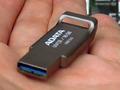 亜鉛合金ボディ採用のUSB 3.0メモリ「UV131」シリーズがA-DATAから!