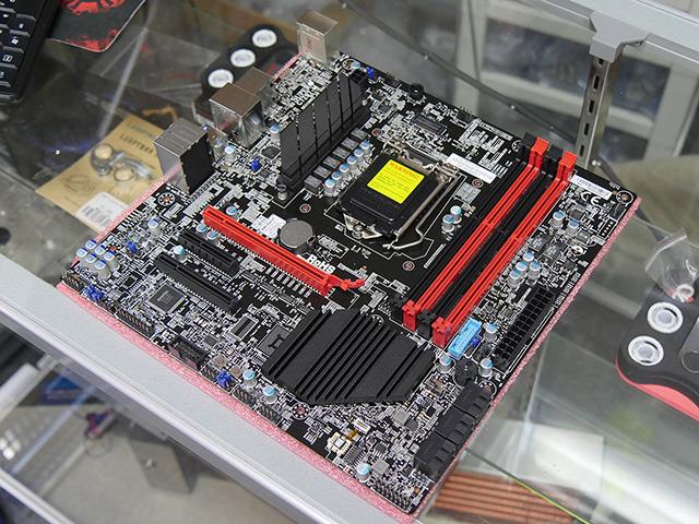 ゲーム向けZ97マザーがSUPERMICROから! MicroATX対応の「C7Z97-M」発売