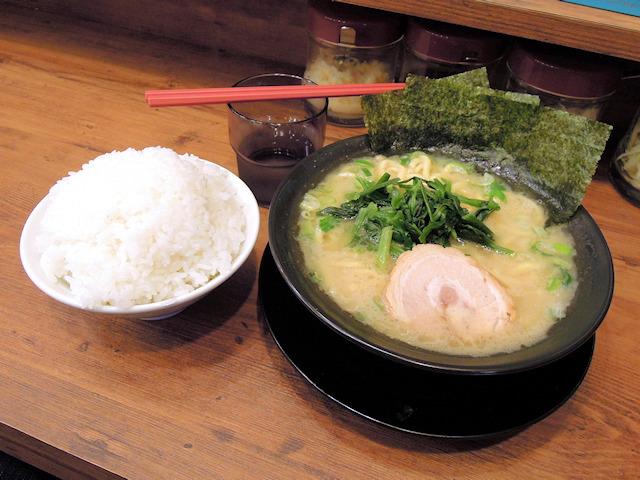 家系ラーメン「武骨家」、秋葉原店が3月18日に中央通りでオープン! 家系必須のライスは無料で食べ放題