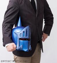 キン肉マン、「ロビンマスク」の実物大マスクを再販! アニメカラーVer.で