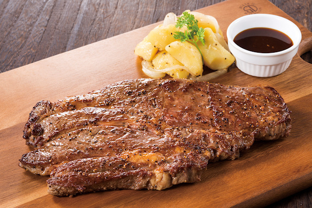 銀座ライオン、 1ポンドのビーフステーキなどを提供する「肉フェス2015」がスタート! 生ビールの「大ジョッキフェア」も