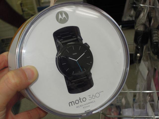 ラウンドシェイプのスマートウォッチ「Moto 360」にコンパクトな第2世代モデルが登場!