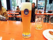 「秋葉原オクトーバーフェスト2016」、開幕! 2016年の初出しとなる「フリューリングボック」などドイツビール全16種をナマで