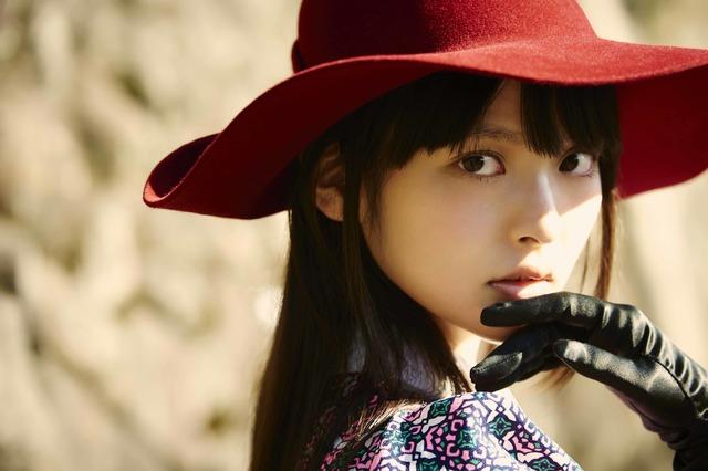 上坂すみれ、12月23日に両国国技館ライブ決定! ニューシングルは「この美術部には問題がある!」EDテーマ