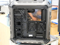 天板にキーボードトレイを備えたフルタワー型のゲーミングPCケース! COUGAR「PANZER MAX」