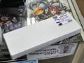 液晶モニター上部に設置できる小物置き用の棚板! アーキサイト「ARCHISS METAL BASE DUFF」発売