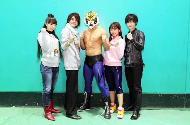 TVアニメ「タイガーマスクW」、タイガーマスクWとタイガー・ザ・ダークがリアル対決! オフィシャルレポートが到着