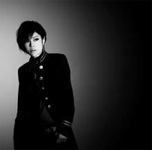 デビュー5周年を迎えるナノ。「チェインクロニクル」関連の曲をまとめて収録したニューシングルが登場!