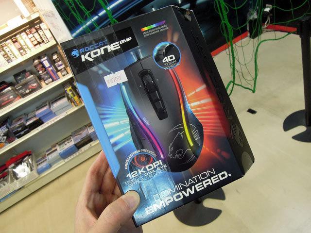 解像度12,000dpiの高精度光学センサー搭載ゲーミングマウスROCCAT「Kone EMP」が登場!