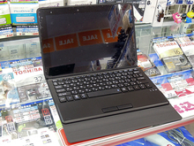 ワコム製デジタイザペン付きの2in1タブレット ECS「LIVA TE10EA3」が発売中