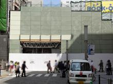 電気街口側の東西自由通路の位置が変更 秋葉原ビル新築工事(仮称)のため