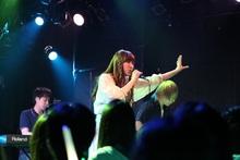 吉岡亜衣加、47都道府県をまわる全国ツアーのファイナル公演を開催!オフィシャルレポートが到着!
