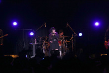 声優・村川梨衣、3rdシングル発売イベントでバンドをバックにしたスペシャルライブを開催!