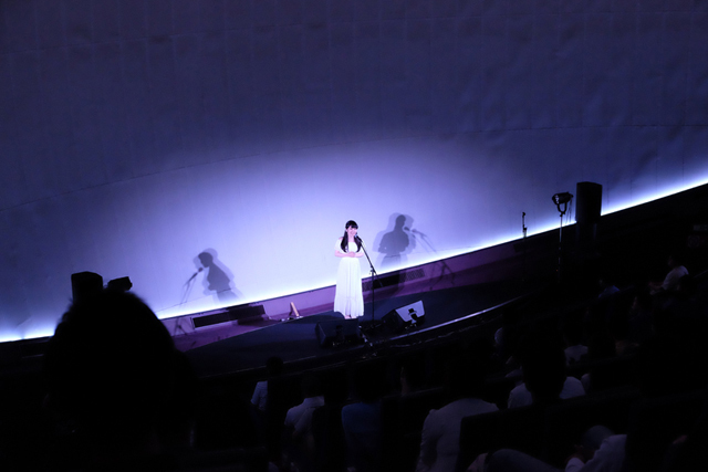 東山奈央2ndシングル発売記念プレミアムイベント「星がきれい」のオフィシャルレポートが到着!