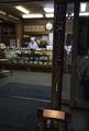 湘南が舞台の青春アニメ「きみの声をとどけたい」の竹灯篭が江ノ島の夜を灯す! 地元限定のオリジナルポスターも掲出中