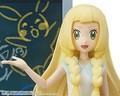 TVアニメ「ポケットモンスター サン&ムーン」から、「リーリエのポケもんだいスマホスタンド」が予約開始!