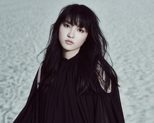 JUNNAが、ソロとして初めてのアニメ主題歌をリリース。今回も迫力のボーカルが炸裂!
