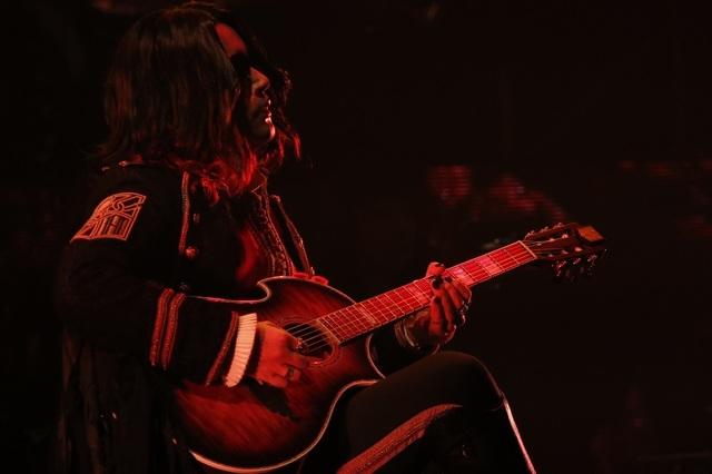 音楽と共に現れた新たな「進撃の巨人」ワールド! 「Linked Horizon Live Tour 2017 『進撃の軌跡』」最終公演レポート