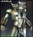 今度はシルバー塗装&発光! BIGサイズのソフビ「究極真神」シリーズに新たなグレンダイザーがロールアウト!!