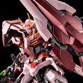 「機動戦士ガンダム00V」より、トランザムを発動したイメージのダブルオーガンダムセブンソード/GがMGで登場!!