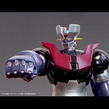 「劇場版マジンガーZ/INFINITY」に登場する最新デザインのマジンガーZが、全高約60cmのソフビフィギュアになって登場!