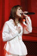 May'nライブレポート到着!! リリース記念イベントで「魔法使いの嫁」OPテーマ「You」を熱唱!!