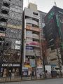中央通りに「駿河屋秋葉原プラモデル館」が3月3日OPEN!  カールスジュニアの隣のビル2~3F