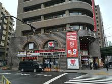 スリーエフ万世本店が「ローソン・スリーエフ」として3月8日リニューアルOPEN! 万かつサンドは臨時売店で販売中