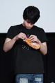 毎回、テンションを維持するのが大変……! 石川界人、櫻井孝宏も登場のSFギャグアニメ「宇宙戦艦ティラミス」先行上映イベントレポート