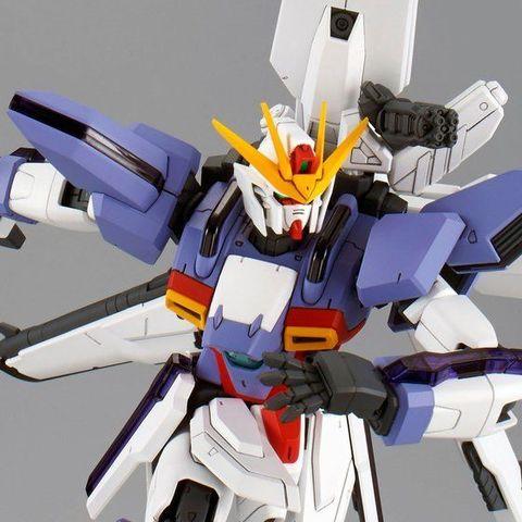 「機動新世紀ガンダムX」より、メモリアルボックスの特典に登場するガンダムX3号機が商品化!!