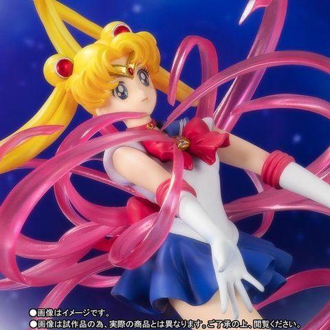 「美少女戦士セーラームーン」から、うさぎちゃんがセーラームーンへ変身する、あのワンシーンを再現したフィギュアが登場!!