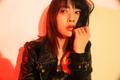 ドラマチックなボーカルを聴かせる新曲「衝動」。綾野ましろは、やっぱりカッコイイ!