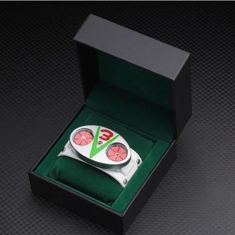 力と技の風車が回る!「仮面ライダーV3」の変身ベルトをイメージしデザインした大人の腕時計が登場!