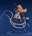 「クイーンズブレイド」から、スピアを構えたエリナがフィギュア化! 鎧が壊れて肌が露になったダメージVer.にも!