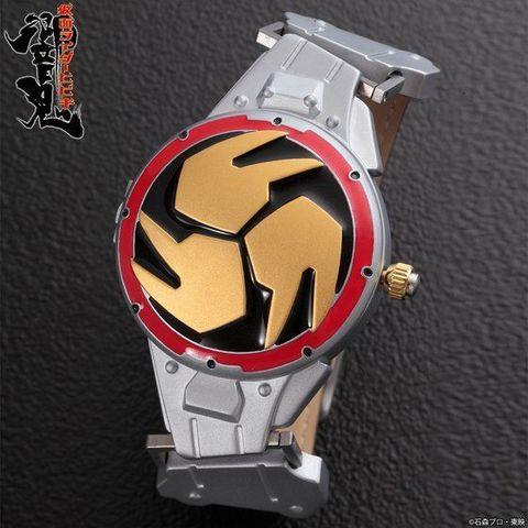 「仮面ライダー響鬼」から、音撃鼓装備帯をイメージした腕時計が登場!