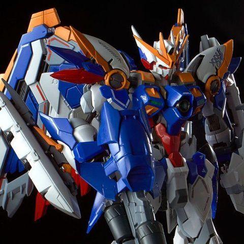 デザインアレンジとギミックが織り成す高解像度の翼―「1/100 ハイレゾリューションモデル ウイングガンダム EW」登場!